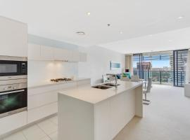 Oracle - 5 Star Luxury - Level 25, hotel in Gold Coast