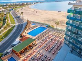 Golden Donaire Beach, hotel in La Pineda