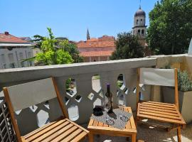 Rooms Tisa Old Town, hotel near Greeting to the Sun, Zadar