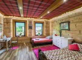 Willa Mrzonka Guesthouse, hotel near Railway Station Zakopane, Zakopane