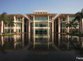 Jaypee Palace Hotel, hotel with pools in Agra