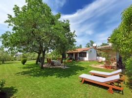 Holiday Home Sergo, hotel near Baredine Cave, Poreč