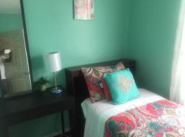 Guest house 5 min. from JFK, family hotel in Queens