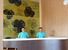 FixOn Capsule Hotel
