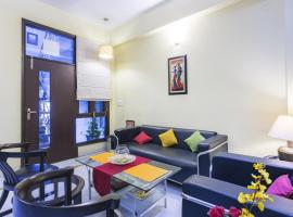 Apartment near Golf Course Road, Gurgaon, by GuestHouser 13129