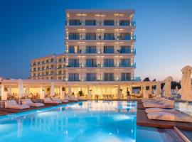The Blue Ivy Hotel & Suites, hotel in Protaras