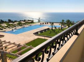 King Maron Hotel & Spa, accessible hotel in Marónia