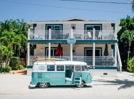 LJ's Cottages by Beachside Management