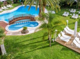 Monica Hotel, hotel near PortAventura, Cambrils