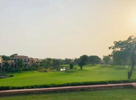 Beautiful Apartments at Tarudhan Valley Golf Resort, Manesar