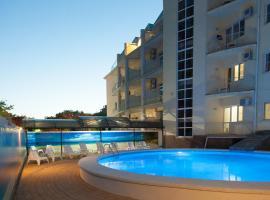 Akva-Solyaris Guest House, hotel near Nemo Anapa Dolphinarium, Anapa