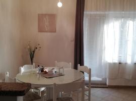Apartments Merlin, hotel in Novigrad Istria