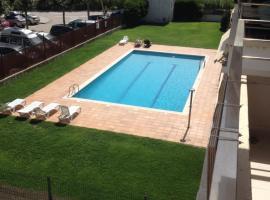 Apartamento con piscina a 80m del mar