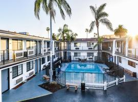 Sunset West Hotel, SureStay Collection By Best Western, motel in Los Angeles