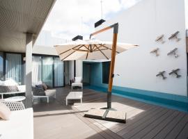 Cosmo Suite Penthouse, alojamento para férias em Barcelona