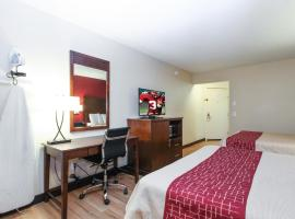 Evergreen Inn & Suites Portland