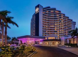 The Star Grand at The Star Gold Coast, hotel em Gold Coast