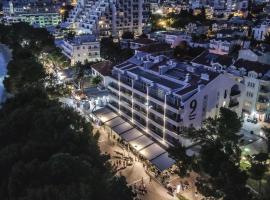 Central Beach 9, self catering accommodation in Makarska