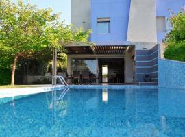 Deluxe 3BD Pool Villa in Chrousso beach Paliouri
