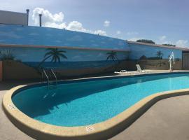Super 8 by Wyndham Lantana West Palm Beach