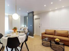Luxury Apartments Illyria in Palace, self catering accommodation in Split