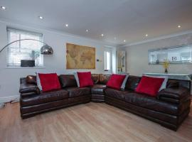 Self Contained Sefton Park Apt - Private Entrance, hotel near Sefton Park, Liverpool