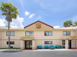Super 8 by Wyndham Orlando International Drive