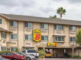 Super 8 by Wyndham Sacramento, hotel in Sacramento