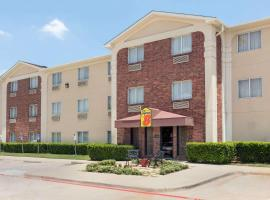 Super 8 by Wyndham Grapevine/DFW Airport Northwest, hotel near Dallas-Fort Worth International Airport - DFW, Grapevine