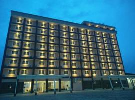 Makmur Hotel & Convention Center