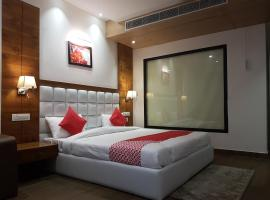 The Celebrations by HNH, hotel with jacuzzis in Chandīgarh