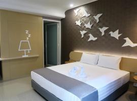 Nomaden Urban Stay, hotel near Ereveld Kalibanteng, Semarang