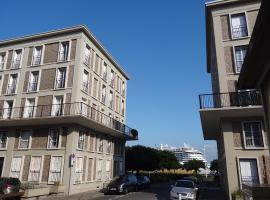 Le Perret, hotel near Le Volcan, Le Havre