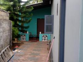 Maris pent house