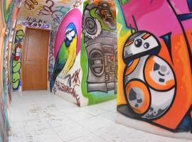 Fiesta Party Hostel - Cancun