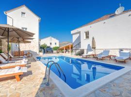 Villa Trau d`oro, hotel in Trogir