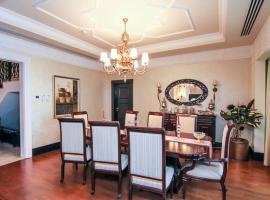 Five Bedroom Villa in Palm Jumeirah