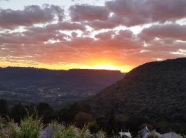 Cantinho do Vale, holiday home in Gramado