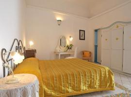 Hotel La Casa sul Mare, hotel in Procida