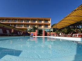 Hotel Cyrnea, hotel near Calvi – Sainte-Catherine Airport - CLY, Calvi