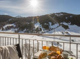 Pierre & Vacances Andorra Bordes d'Envalira, hotel near Pla de les Pedres Soldeu, Bordes d´Envalira