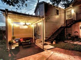 EZ Check-in Ultimate Guest House, ECO Pecan Tree House ATX, Standalone Guest House