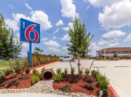 Motel 6-Houston, TX - North, motel in Houston