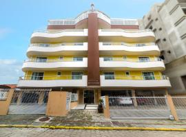 Residencial Dona Naime, hotel in Bombinhas