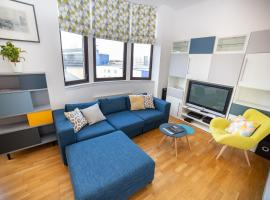 5* Modern City Centre Apartment - sleeps 4