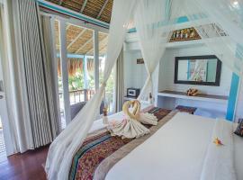 Water Blow Huts, hotel in Nusa Lembongan