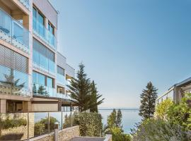 Deluxe apartment Volosko, hotel with pools in Opatija