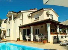 Villa Zare