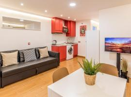APARTMENT IN THE HEART OF MADRID-PISO EN MALASAÑA