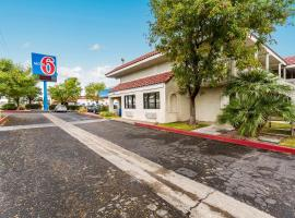 Motel 6 Kingman, AZ - Route 66 East